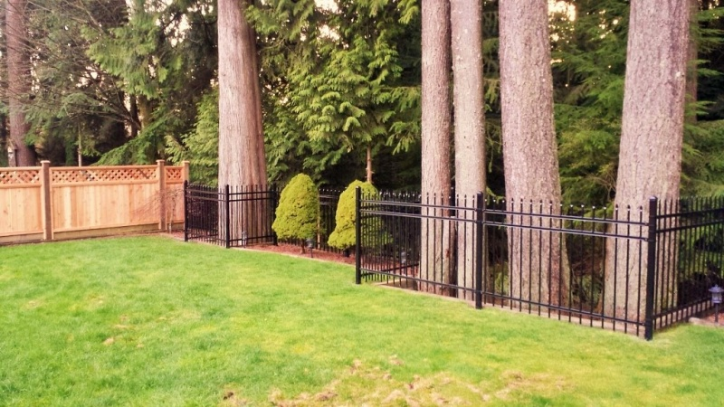 Metal Picket Fence Vancouver